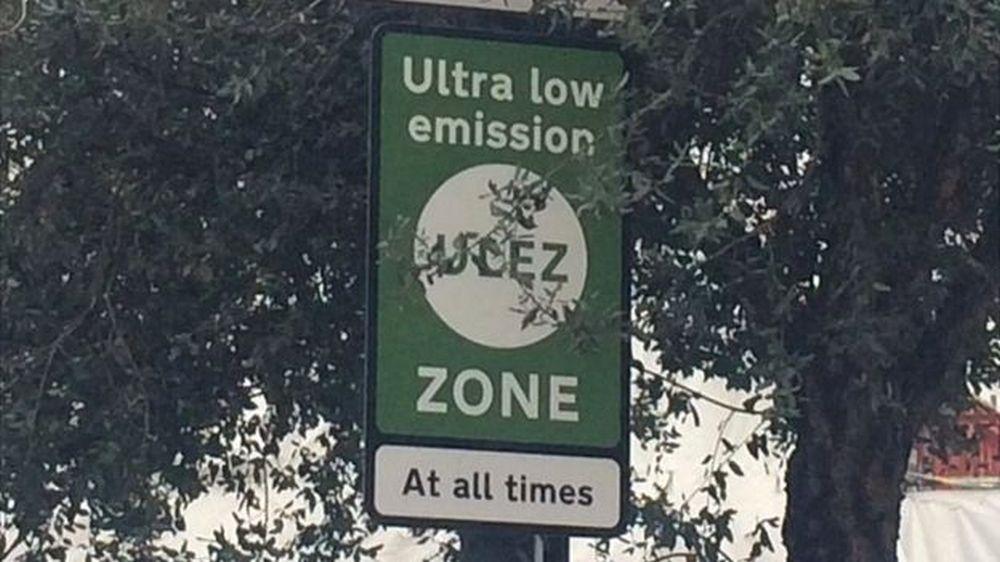 Zagađenje vazduha: London uveo eko taksu za automobile u centar