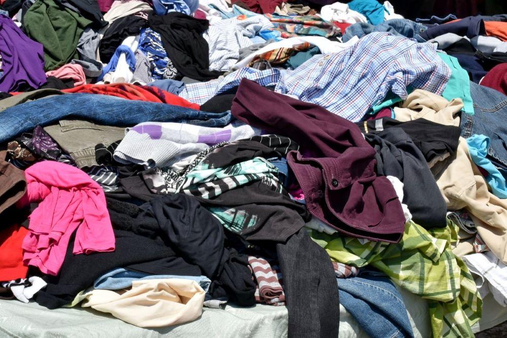 Godišnje više od 5.000 tona tekstilnog otpada završava na divljim deponijama u Srbiji