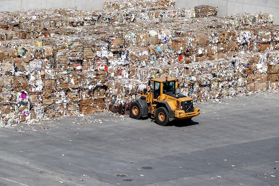 Evropa zatrpana papirnim i plastičnim otpadom,  ugroženo sakupljanje starog papira i u Srbiji