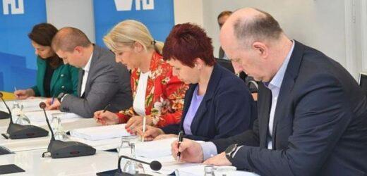 Čelnici Novog Sada i okolnih opština potpisali zajednički Regionalni plan upravljanja otpadom
