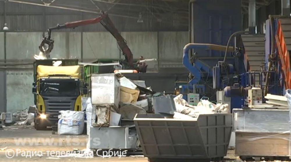 Na deponijama u Srbiji godišnje završi otpad vredan 100 miliona evra – kako da recikliramo više